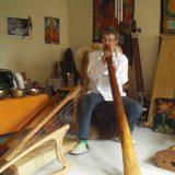 Bettina Kallausch mit Didgeridoo